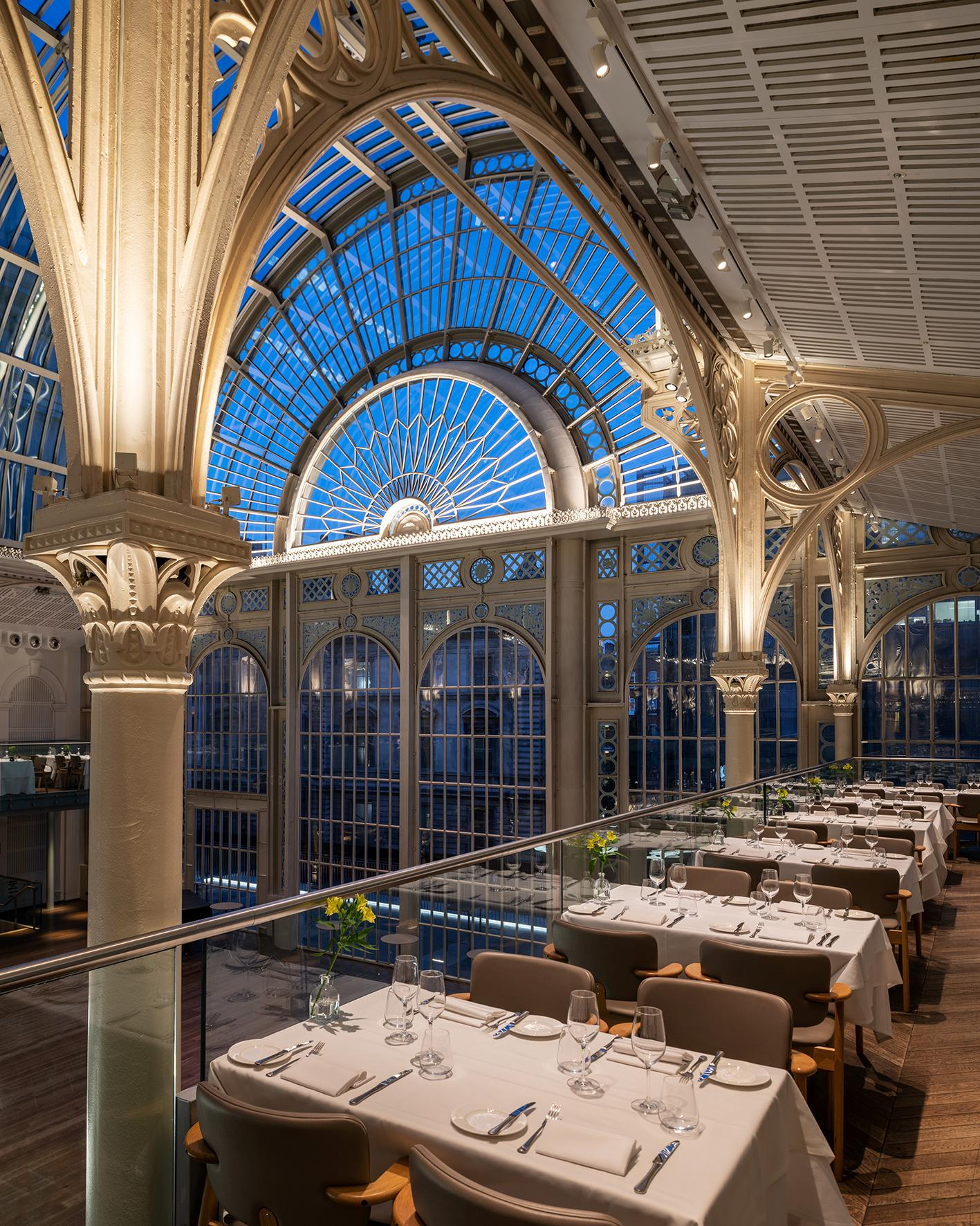 The Level 5 Restaurant is located above the airy Paul Hamlyn Hall. / Courtesy of Royal Opera House/ Image by James Newton