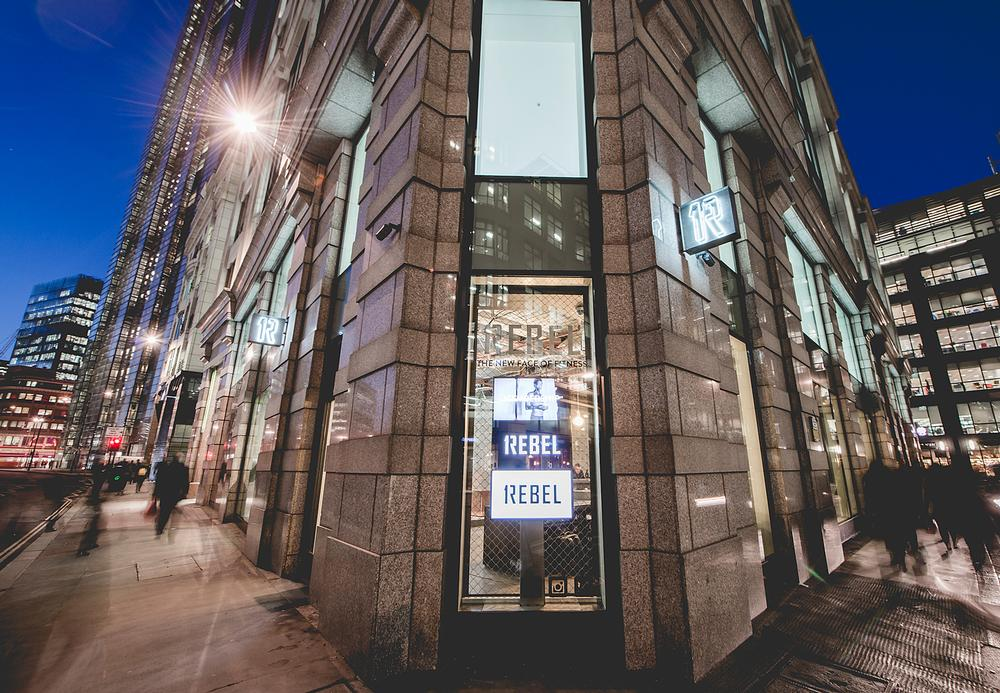 The new 1Rebel club occupies a prime stretch of 'shop frontage' in the City of London / All photos: SMD Photography