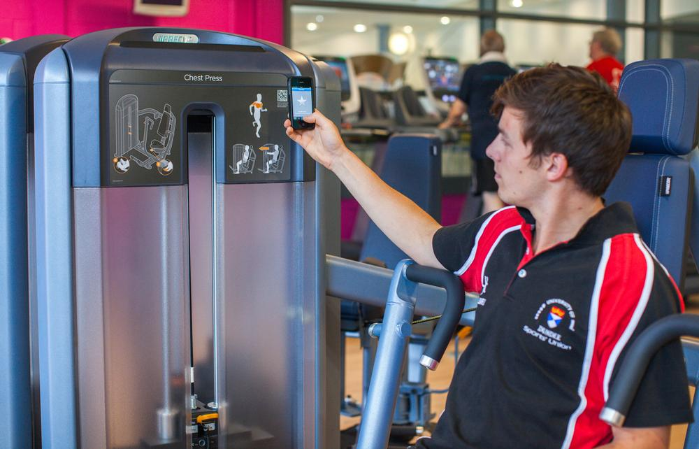 The Discovery Strength Series is a complete range of selectorised and plate-loaded machines