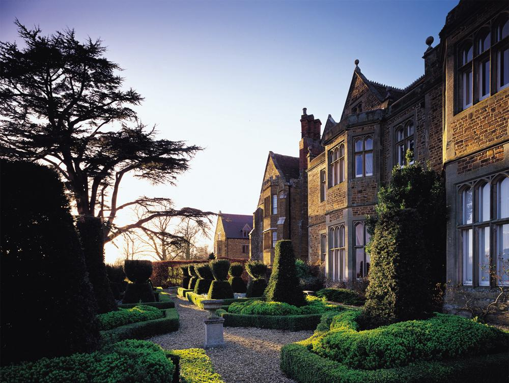 Northamptonshire Country House Hotel Fawsley Hall Which Houses Grayshott Spa
