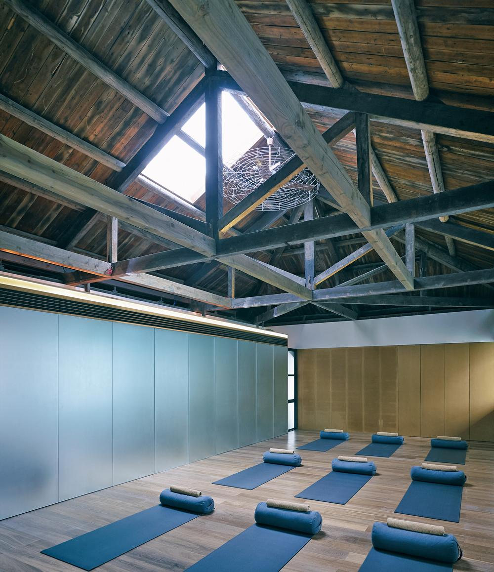 The Living Room offers yoga, children's programmes, art and family therapy