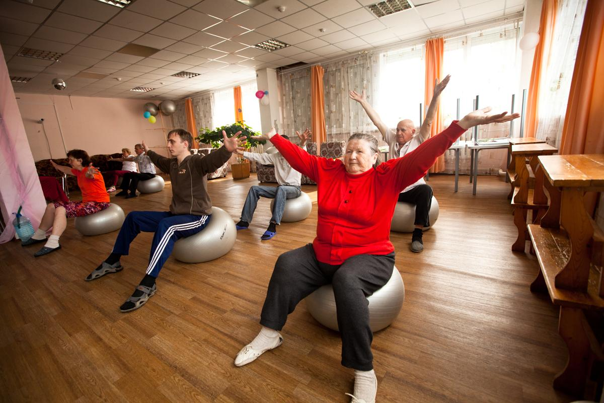 Once qualified through InstructAbility, instructors are placed within gyms to gain work experience and to encourage other disabled people to get active / De Visu / Shutterstock.com