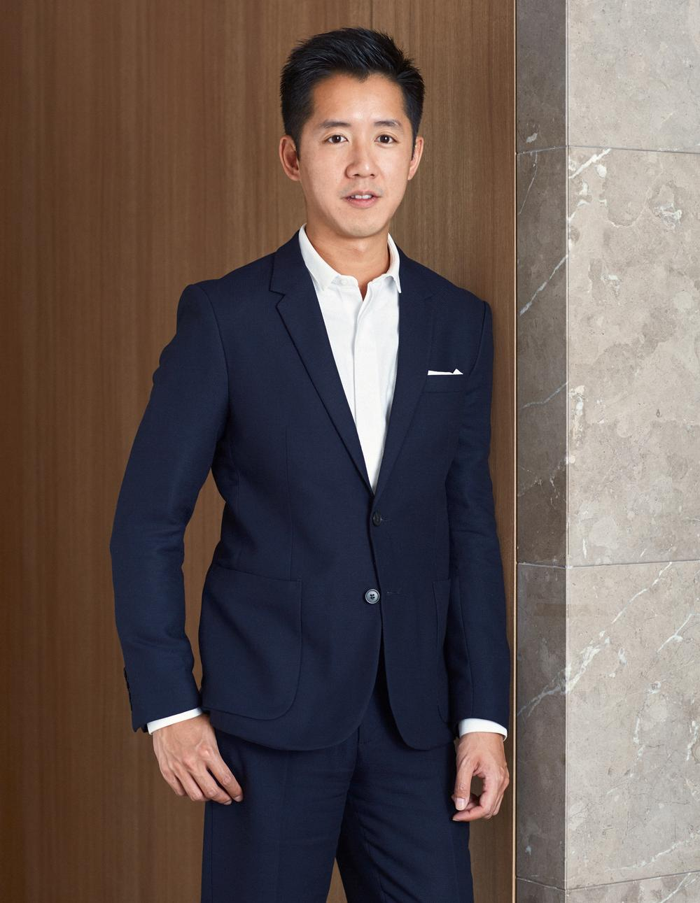 Fu studied at the University of Cambridge in the UK. He set up his practice in 2000