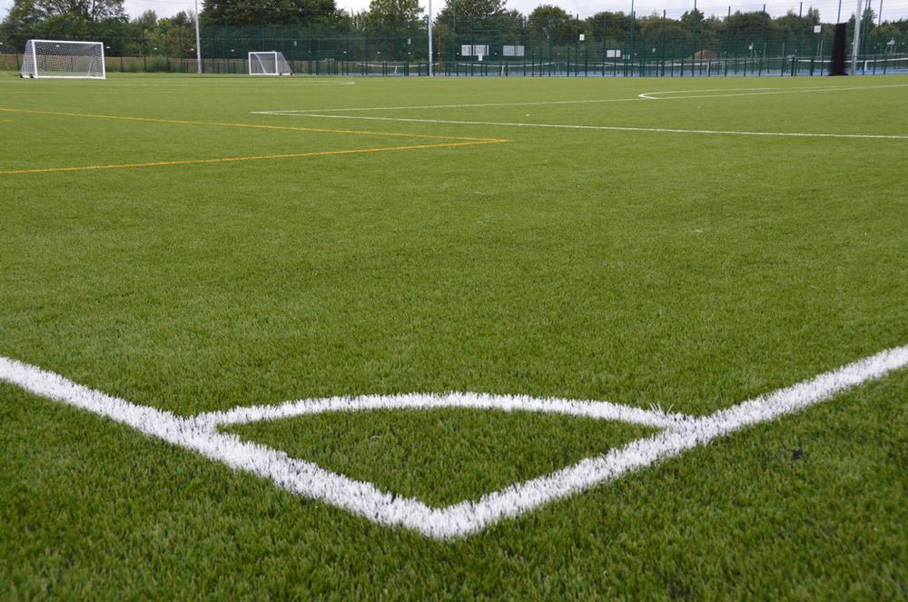 An example of an O'Brien synthetic turf football pitch