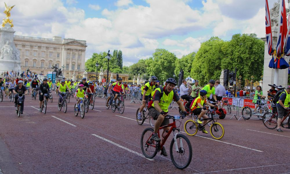 Cycling is experiencing a boom in the UK – thanks to the recent successes of British cyclists at the Olympics and Tour de France / shutterstock.com