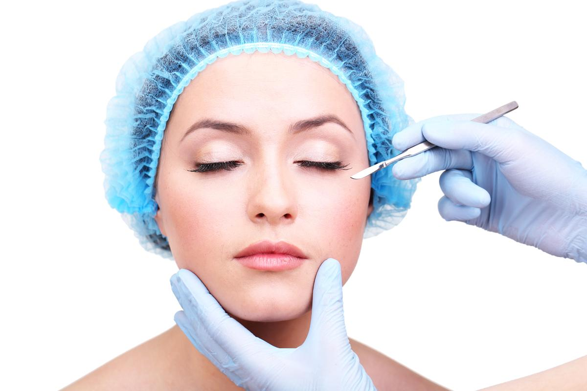 The whole cosmetic surgery industry has been under intense scrutiny since thousands of women were fitted with substandard breast implants made by Poly Implant Prothese (PIP) / Shutterstock / Africa Studio