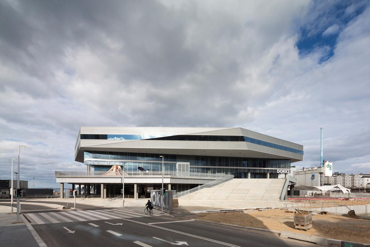 Dokk1 is the the most expensive construction in Aarhus' history / schmidt hammer lassen architects