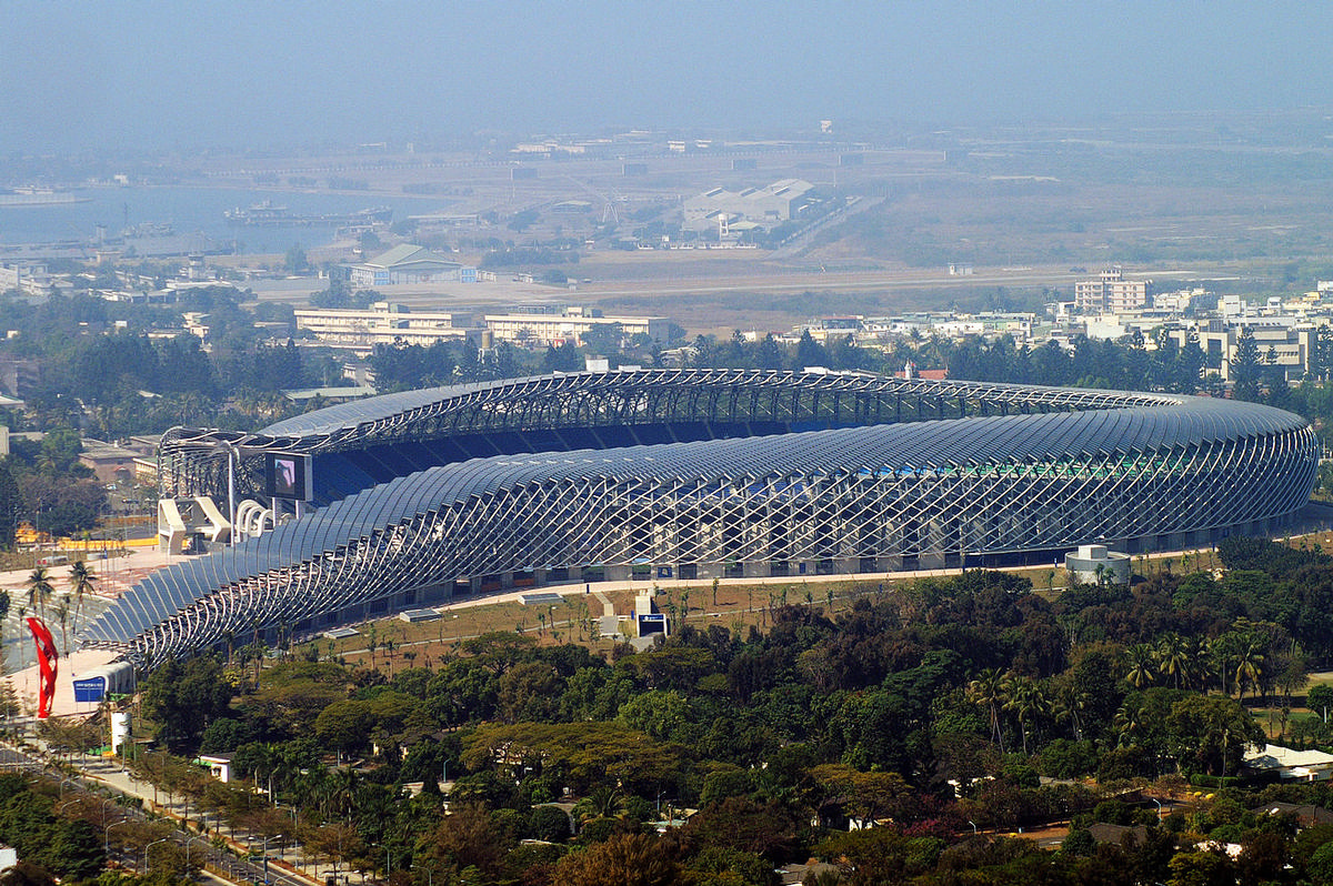 Ito designed the winding National Stadium of Taiwan / Pe Ellden