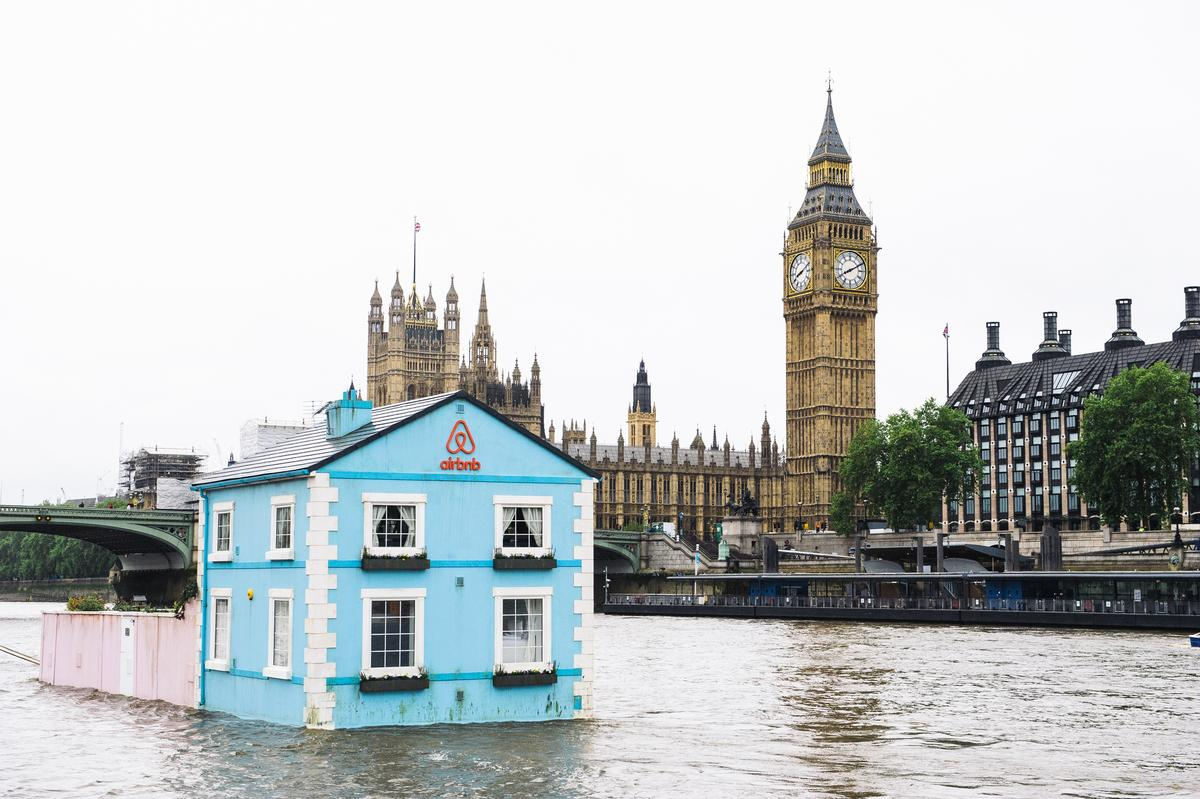 The Floating House offers a unique tour of London landmarks including the Houses of Parliament / Airbnb.com, Photography by Mikael Buck