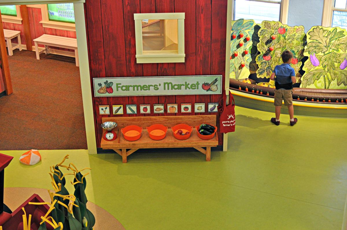 The Family Farm exhibit offers the chance for kids to gain an appreciation for Illinois' agricultural heritage / Jack Rouse Associates