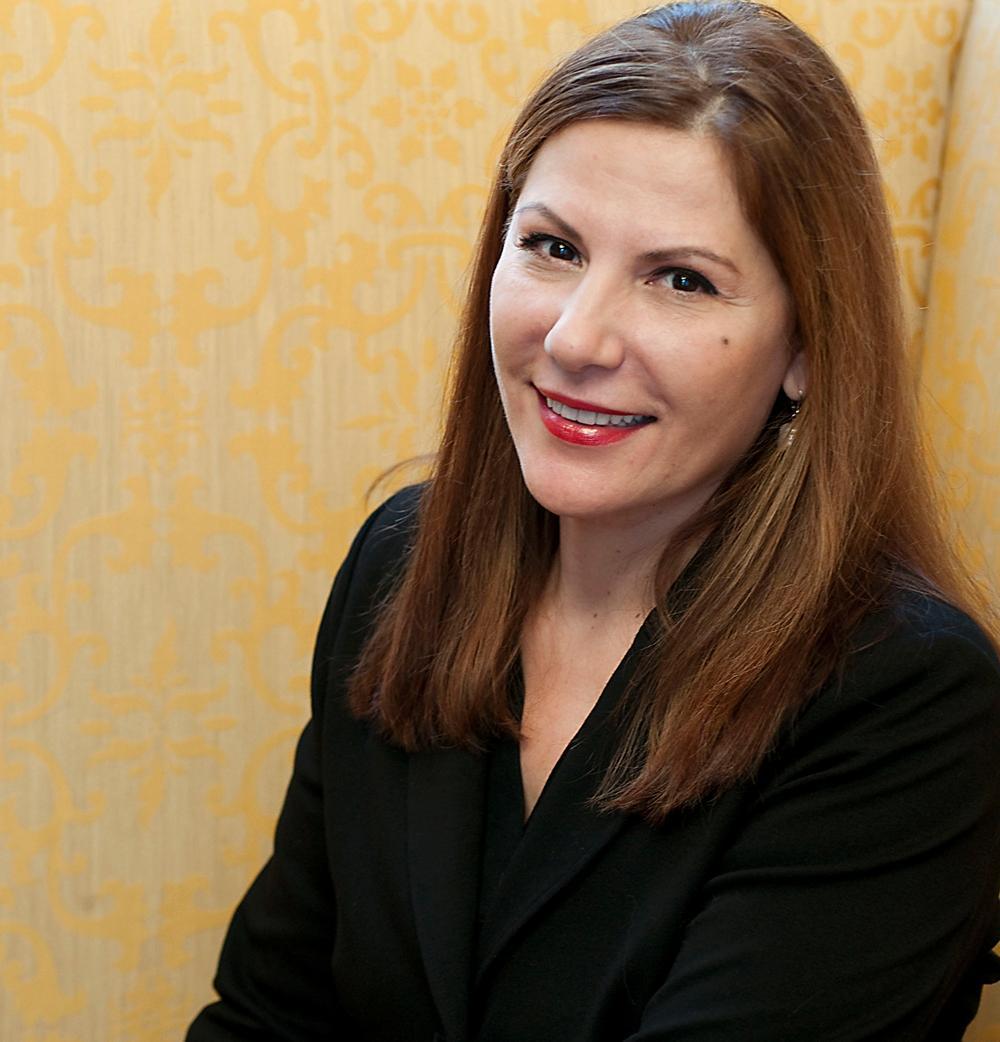 Elizabeth Arden Red Door Spa Appoints Sharilyn Abbajay