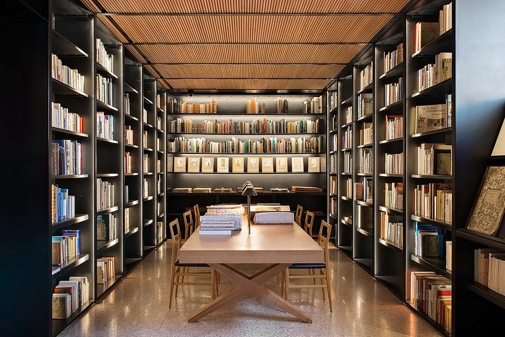 The museum features a research library with more than 6,000 titles on design and Morocco
