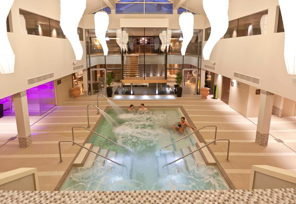 The Wellness Centre, is an extension to the existing thermal zone spa / Ribby Hall