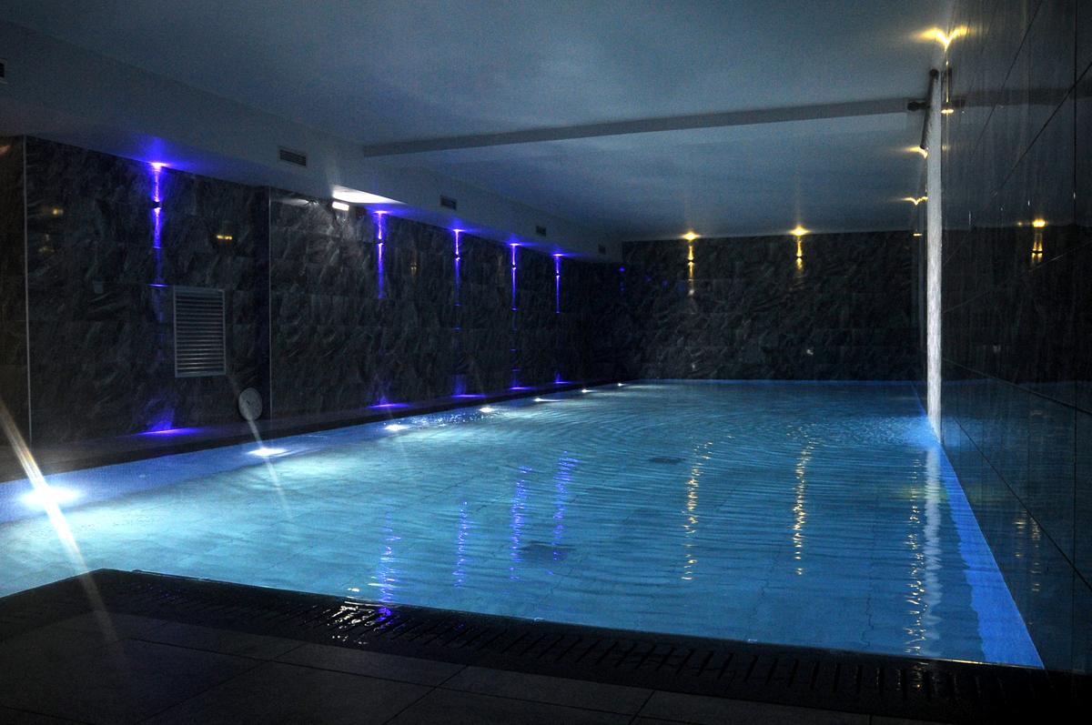 the 20 000sq ft 1 858sq m site features a new pool sauna steamroom and jacuzzi as part of the