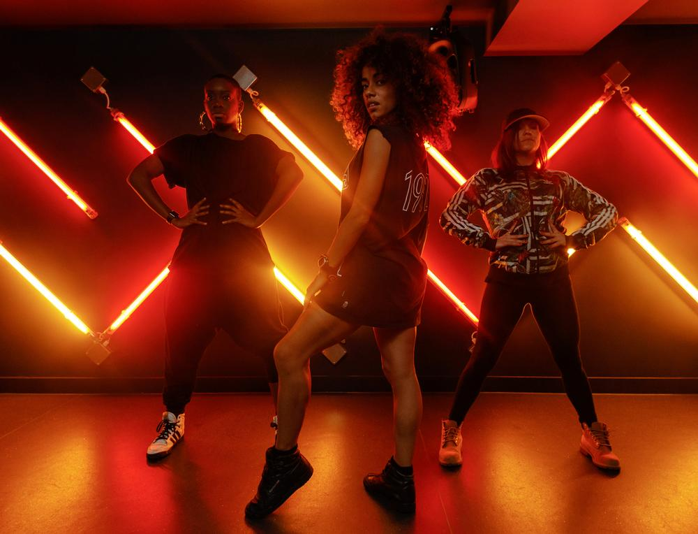 Dance workout 'Throw some shade' at Gymbox