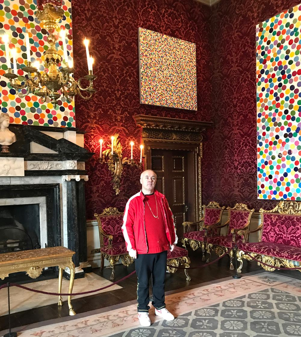Hirst in the Saloon