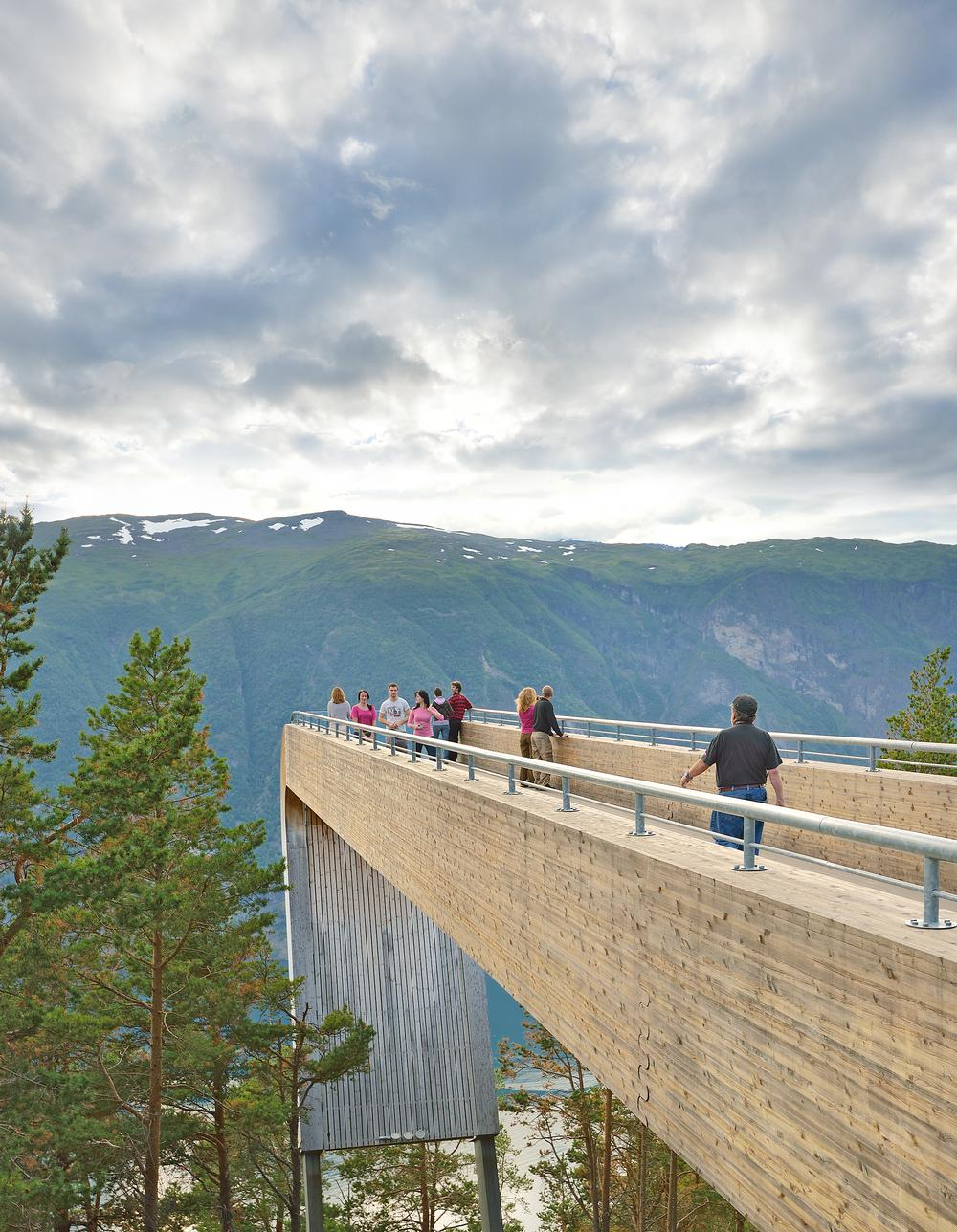 Stegastein viewpoint juts out from the mountain, 650 metres above the Aurland fjord in Norway / PHOTO: ROGER ELLINGSEN