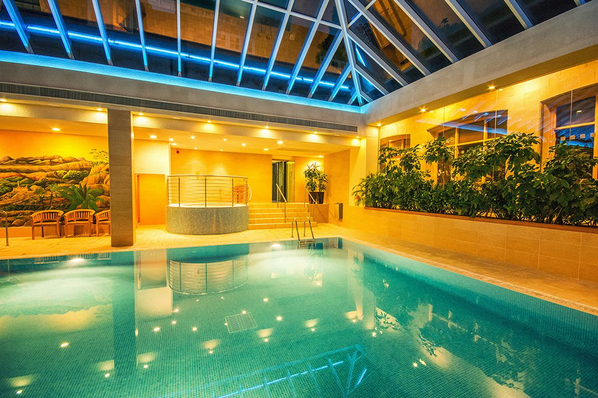 There is a 16m (52ft) swimming pool and spa pool in addition to the new thermal suite / Matfen Hall