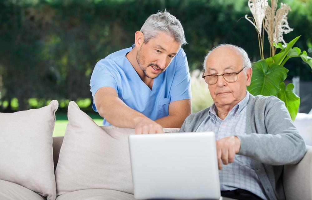 """The """"new"""" older generation is well educated and tech-savvy / Photo: SHUTTERSTOCK.COM"""