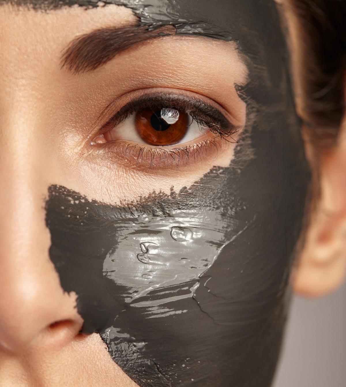 Increase in the demand for anti-ageing products will help to drive the growth of the global professional skincare market, according to the report / Shutterstock / 257498275
