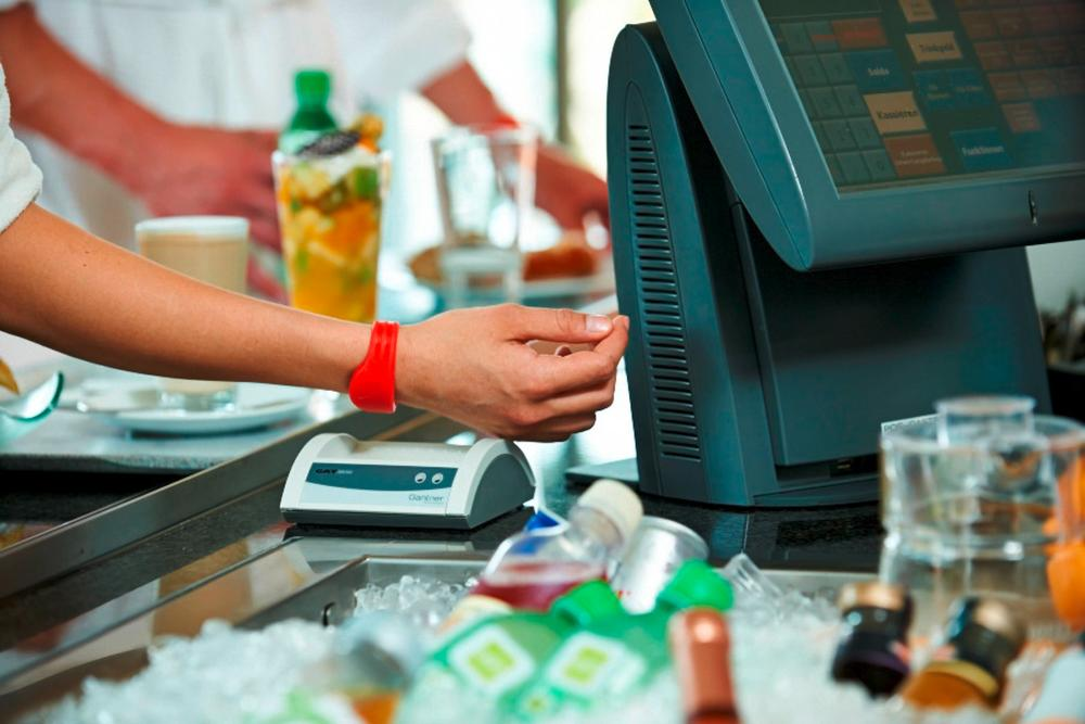 Members can use their smart card or wristband in the cafe