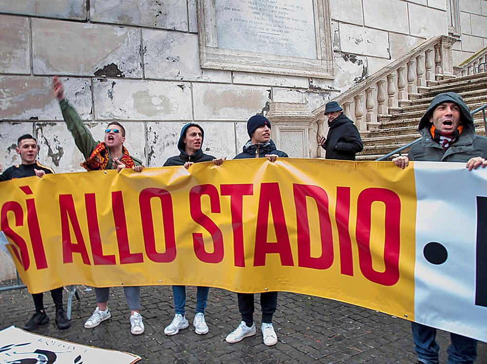 AS Roma fans show their support for the new stadium ahead of a decision from the city