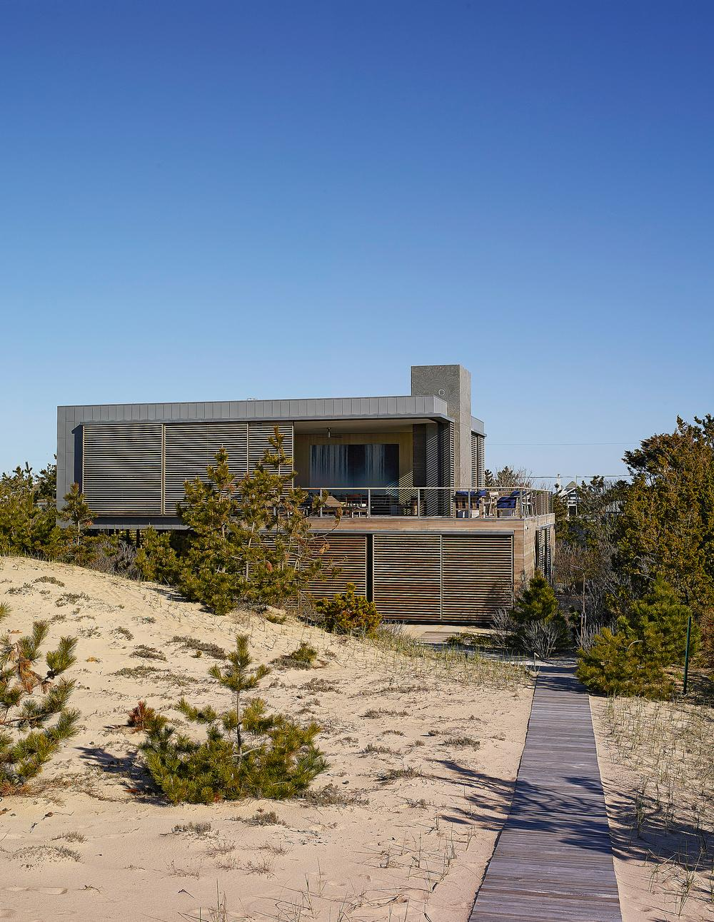 Yabu and Pushelberg's self-designed beach house in Amagansett, NY