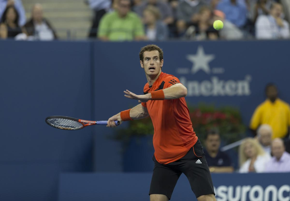 The LTA wants to use Andy Murray as a catalyst to encourage younger people to take up the game / lev radin/Shutterstock.com