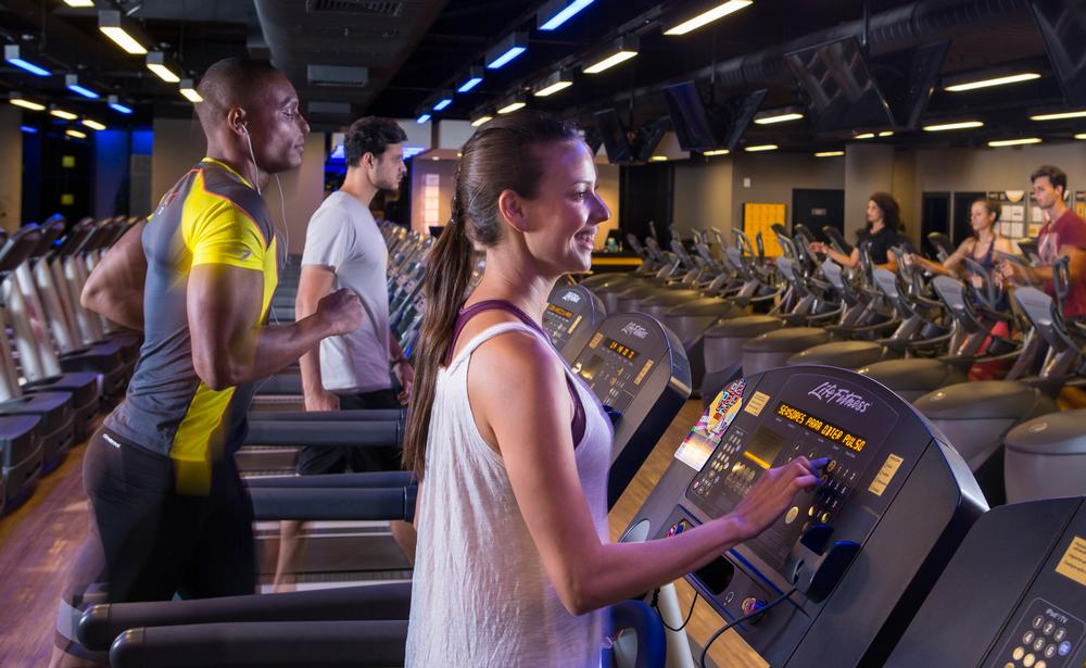 The majority of clubs in Latin America belong to Smartfit, which owns 340 gyms throughout the region