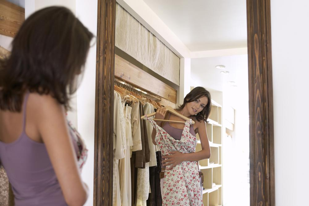 Rent the Runway measures its members to make sure all future online dress rentals are the correct size / Photo: shutterstock.com/mijth
