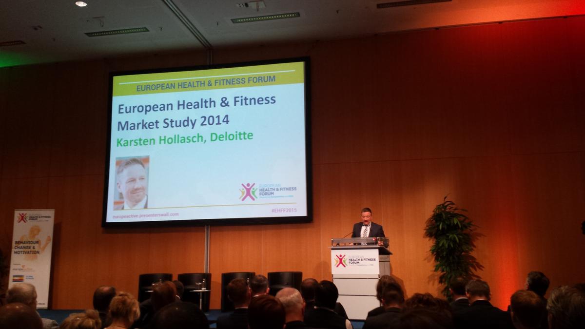 Karsten Hollasch of Deloitte presents the report