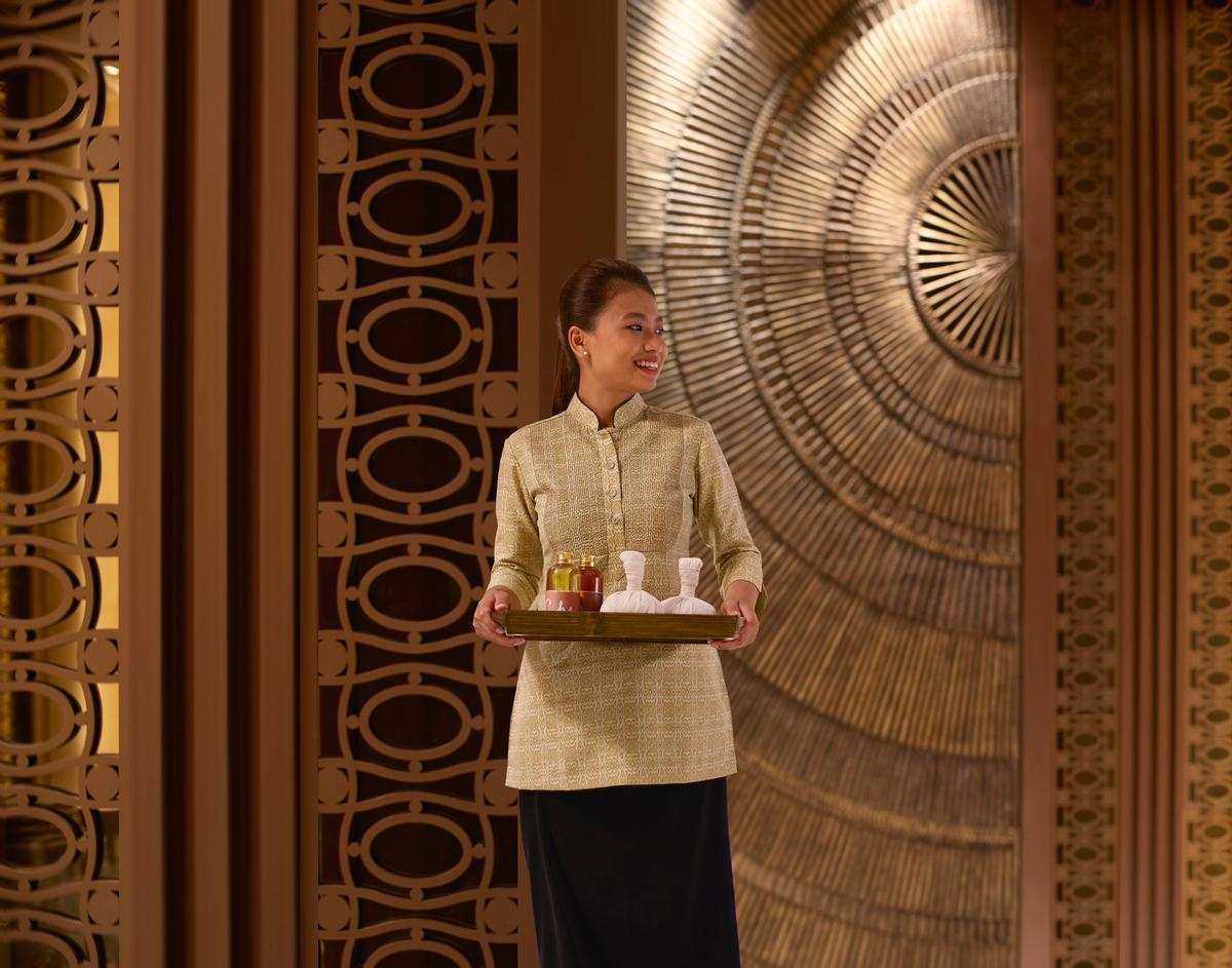 The spa's interior showcases curated Asian artefacts, warm woods and specially designed ambient lighting / Shangri-La