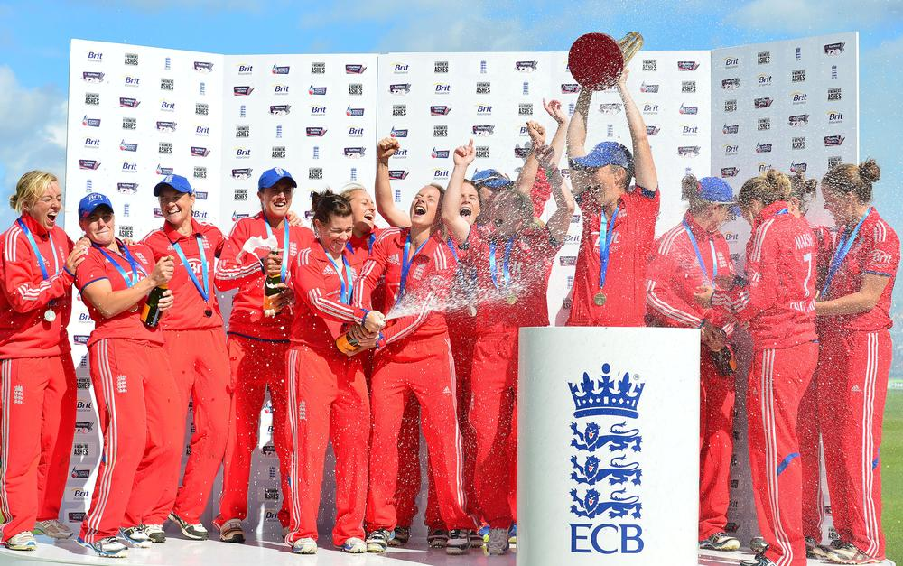 Members of the England Women's cricket team are likely to play in the Super League with its cash prizes