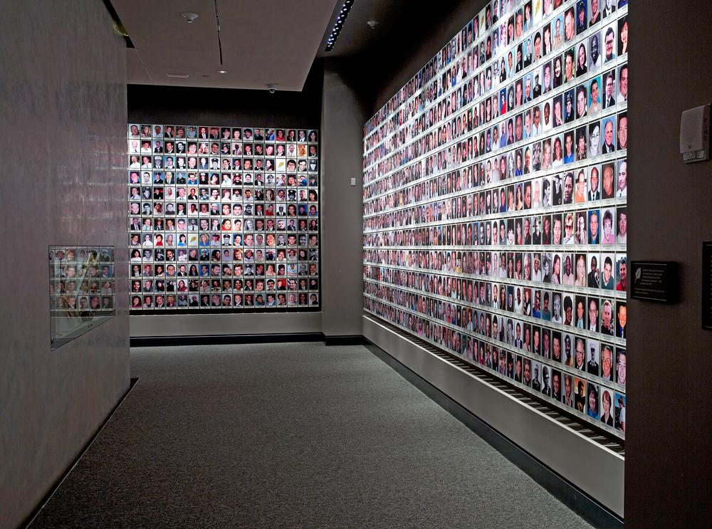 A view of the exhibit In Memoriam / PHOTO: © JIN LEE