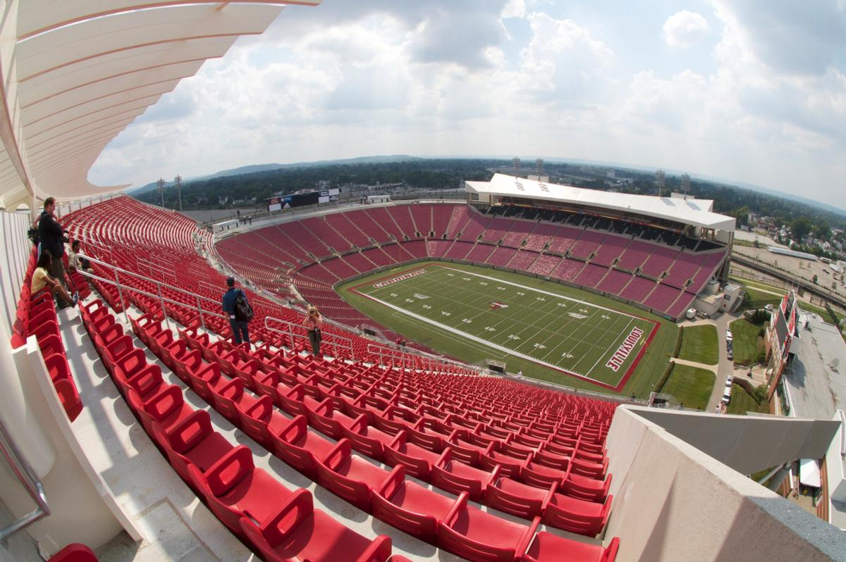 Louisville Cardinals Reveal Plans For Us55m Football Stadium