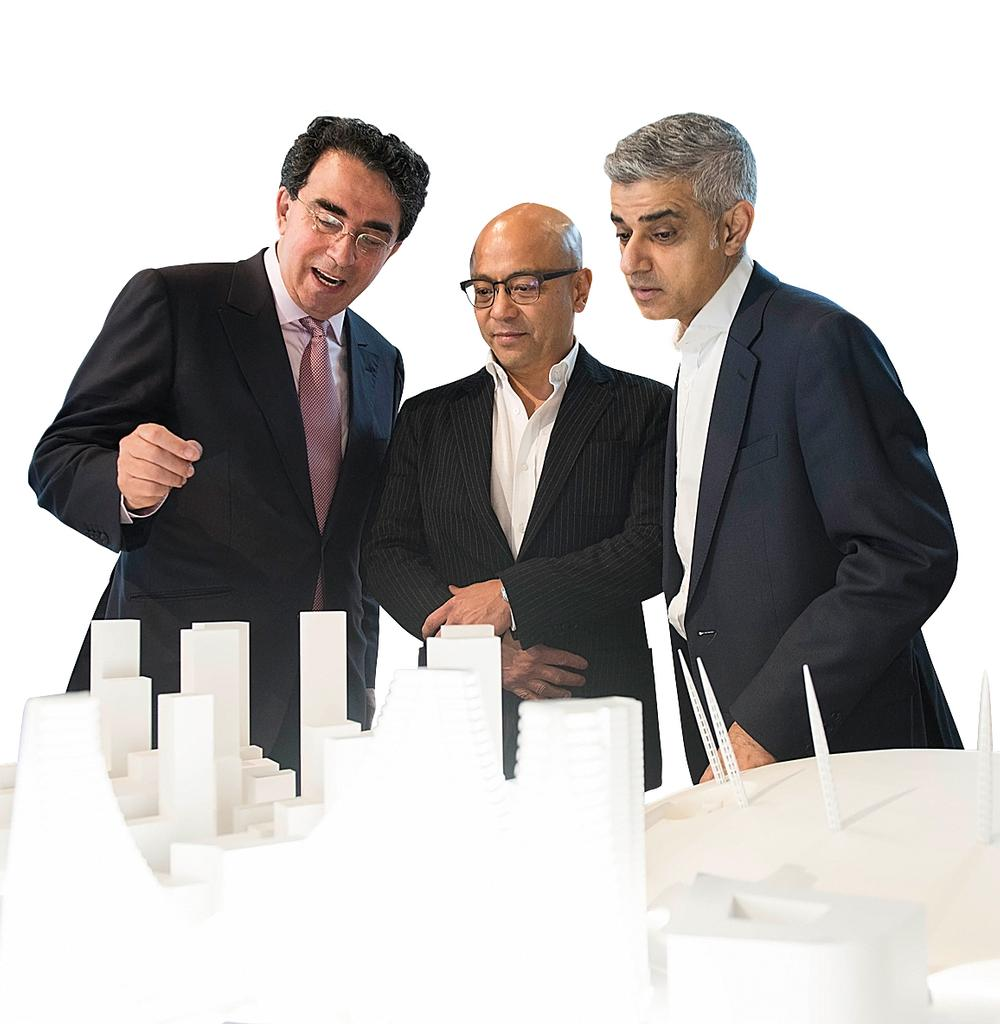 L-R: Santiago Calatrava, Knight Dragon vice chairman Sammy Lee and London mayor Sadiq Khan / Knight Dragon ©Ashley Bingham