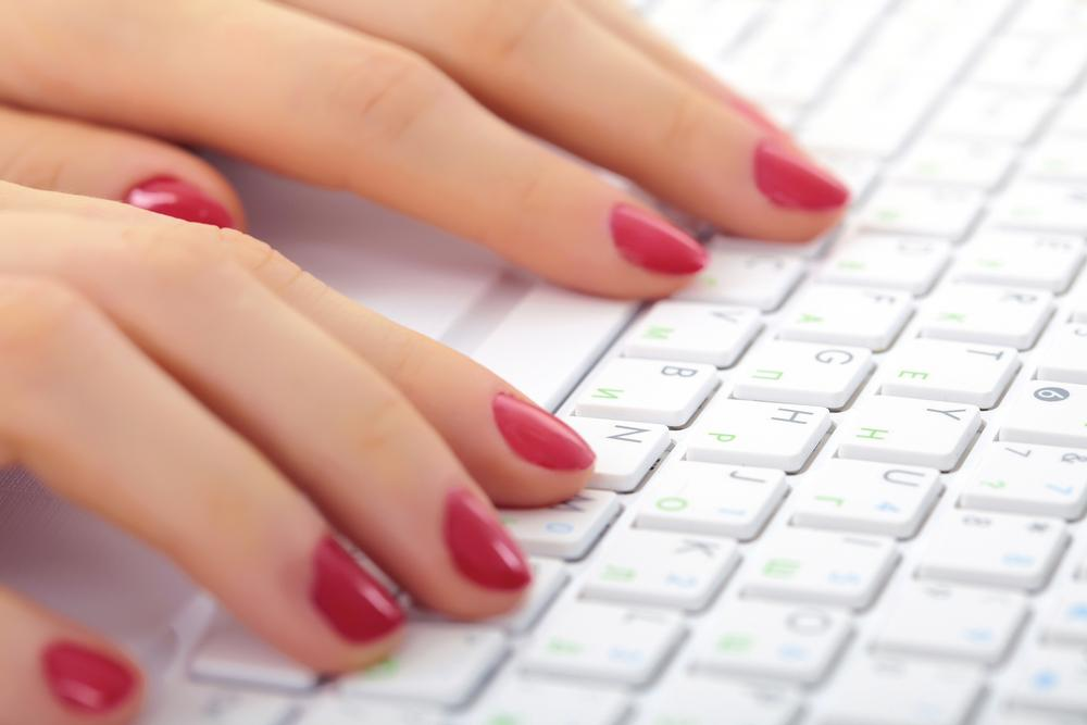 New York-based Manicube offers in-office, 15-minute manicures for US$15 / Photo: © PZAXE/SHUTTERSTOCK.COM