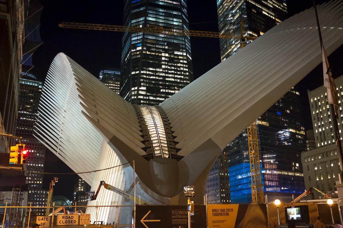 Santiago Calatrava S World Trade Center Hub Opens In New York  # Expo Muebles Wtc D'Europe