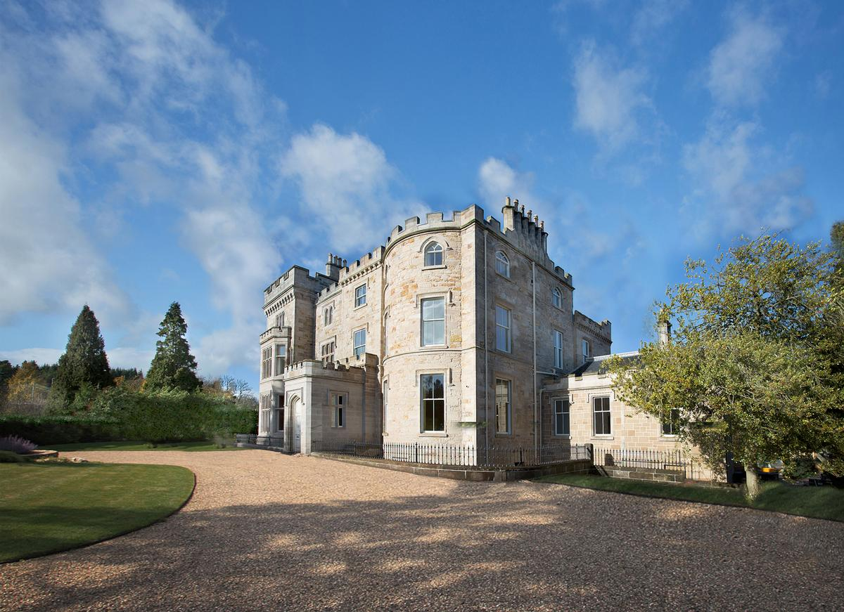Glasgow s crossbasket castle undergoes 9m conversion into for Period hotel