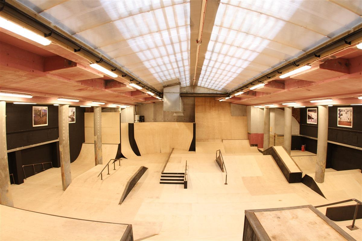 A smaller room, The Plaza, provides a second space for learning new skating tricks and moves / Source Park