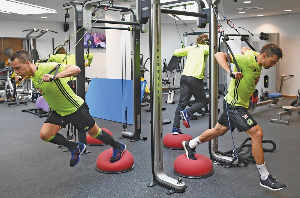 Chelsea FC players train with the latest Technogym equipment