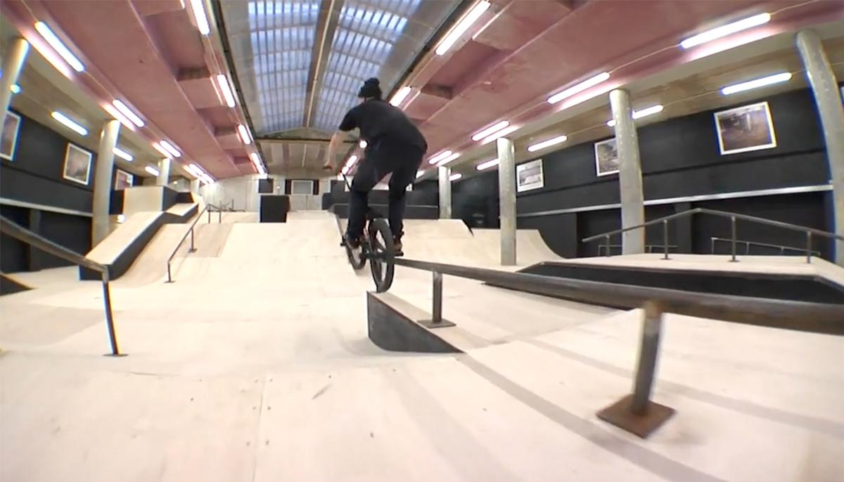 The rooms feature a mixture of bowls, transfers and wall rides, as well as ledges and rails / Source Park