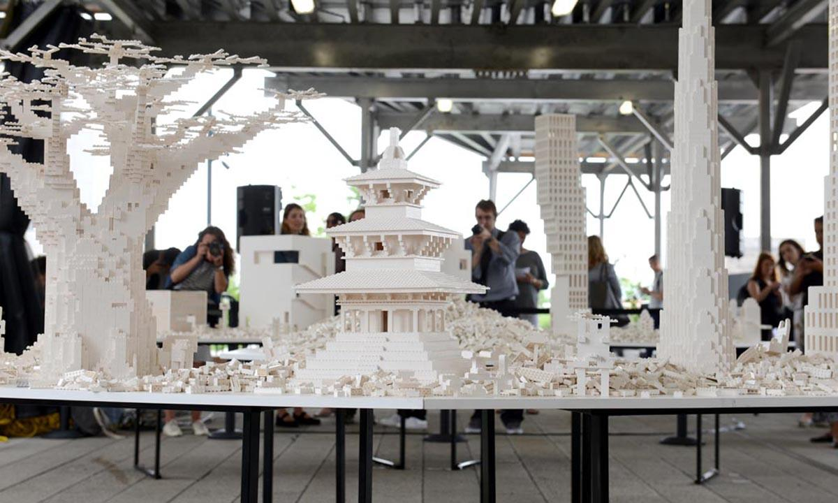 Ten architecture firms created the initial structures for Olafur Eliasson's <i>The collectivity project</i> / Timothy Schenck