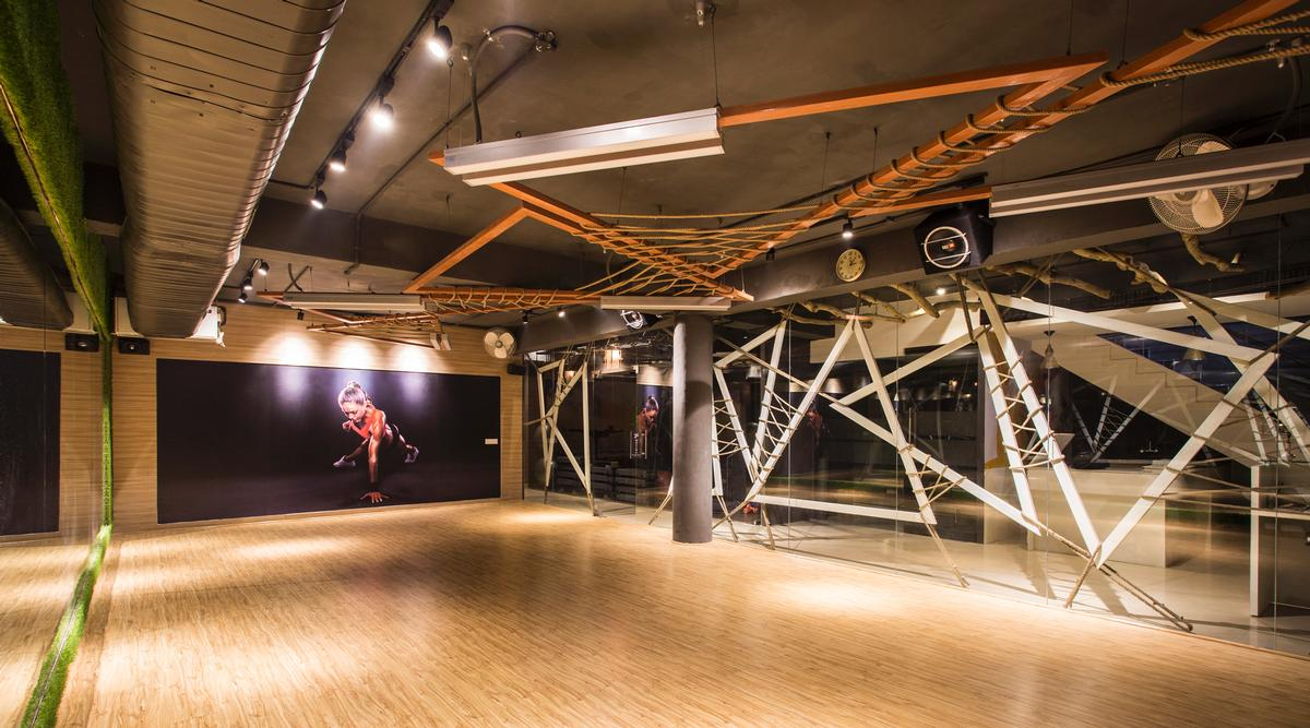 The architects said Moksha 'is a study of what fitness design out to be' / Studio Ardete