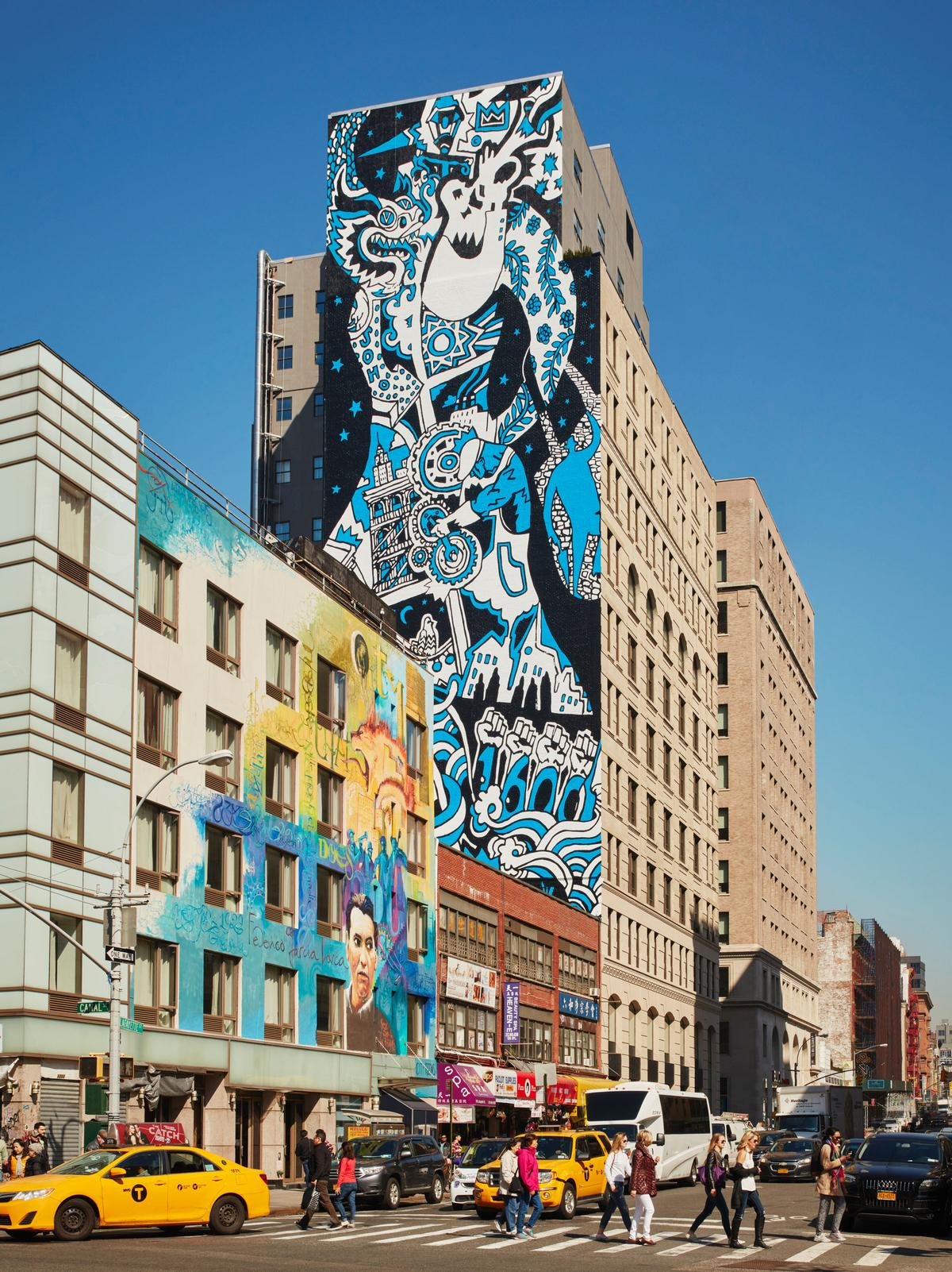 A striking mural by young, unknown artists overseen by Jeff Koons was added to the hotel's south wall  / Design Hotels