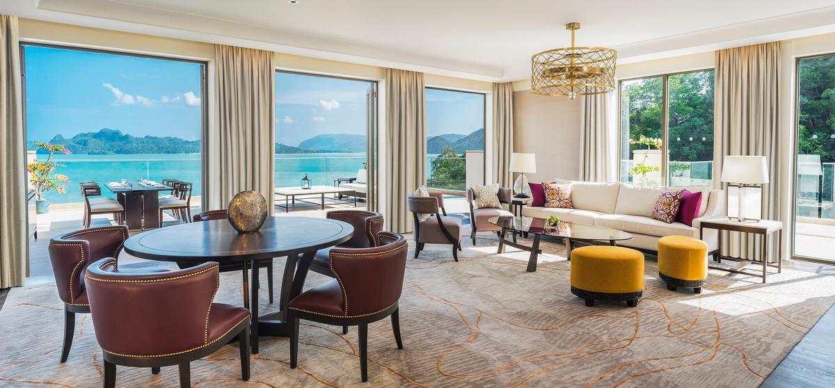 Bill Bensley and UK hospitality designers G.A. Design worked on the interiors / St Regis