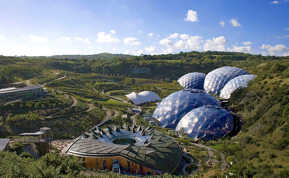 The famous biomes, the work of Grimshaw Architects, are a template for Eden attractions in China / photo: THE EDEN PROJECT