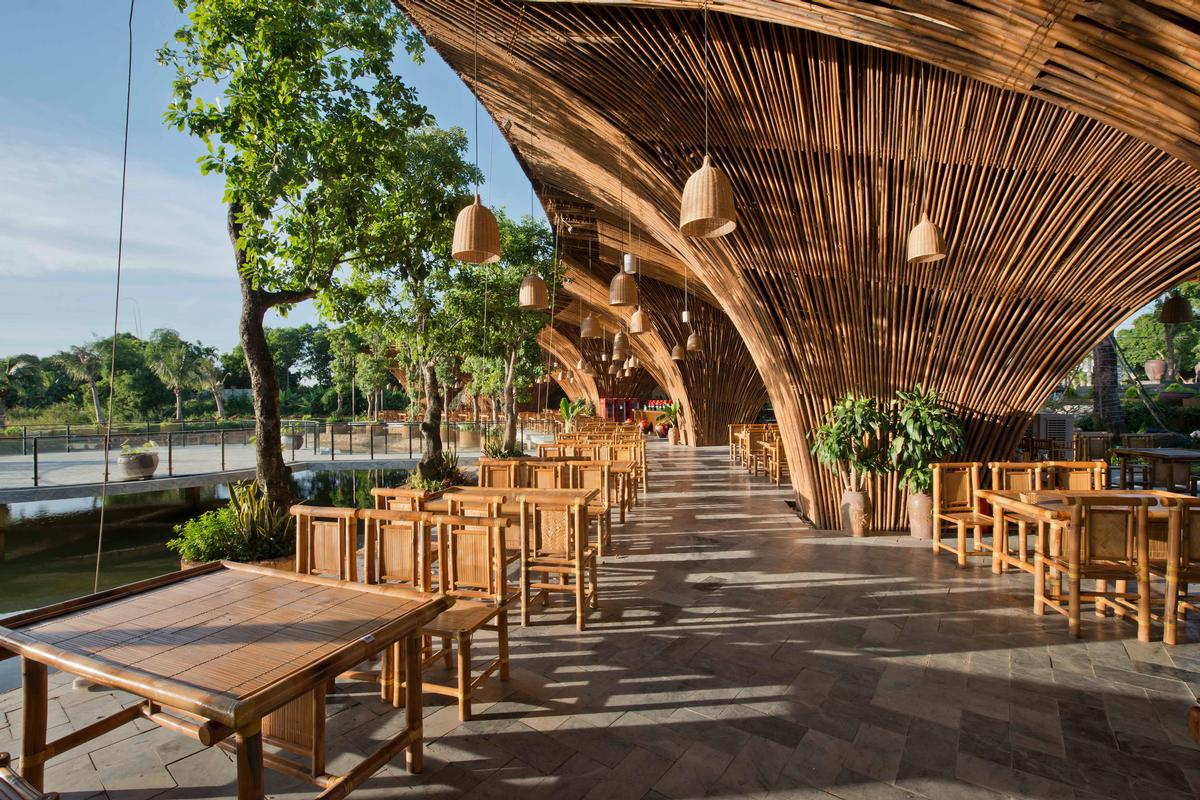 vo trong nghia returns with dramatic restaurant crafted from