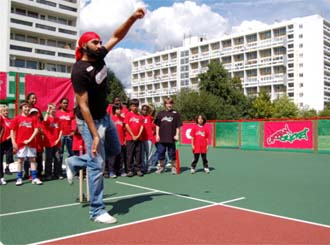 Panesar opens for AMB Sports