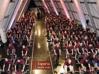 Esporta sets new spinning world record